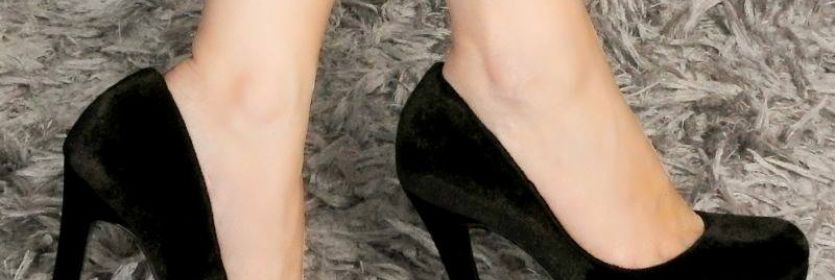 Saltão preto bafônico:  essencial no seu closet. ?? Ref. 17-3004