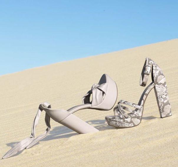 Qual a sua queridinha: sandália nude ou snake print? ? #ViaMarte #GarotasdoBrasil #novidades #newin #heels Ref. 19-14303 | 19-14204