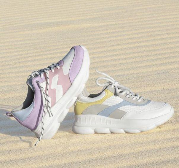 Dois casuais, um amor: candy colors! Escolha seu favorito. ? #ViaMarte #newin #fashionshoes #casual #candycolors Ref. 19-16906 | 19-16905