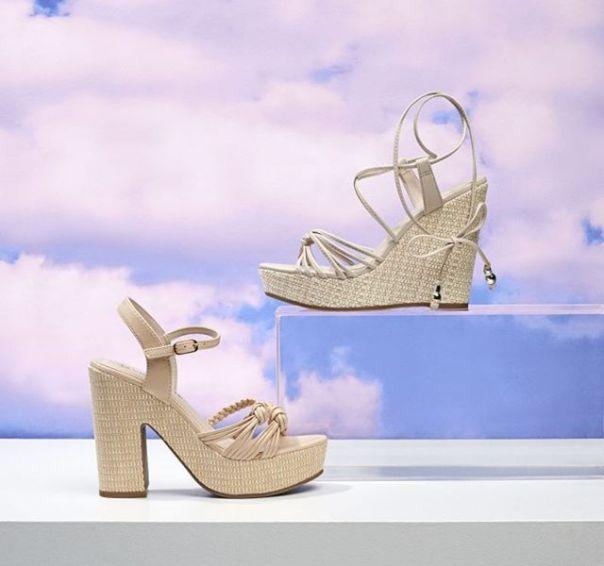Duas sandálias para você combinar e arrasar nos looks da estação. ?#Summer2020 #NewIn #ViaMarte #heels #fashionshoes Ref. 19-8321 | 19-8512