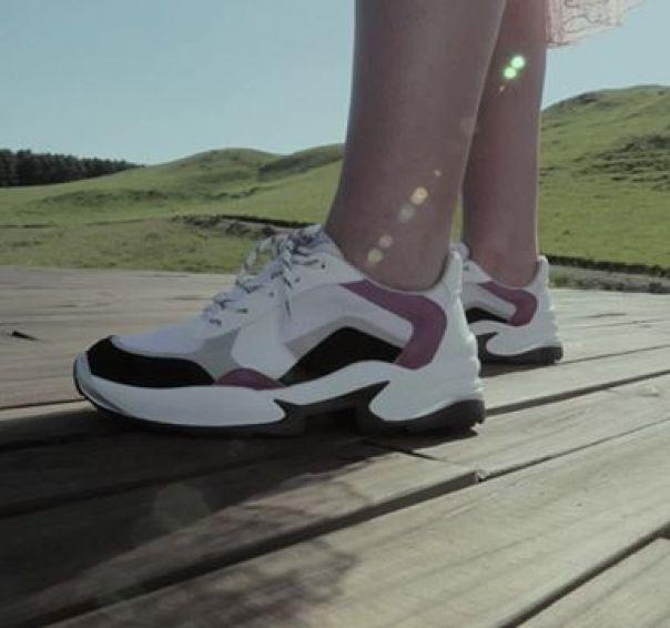 Casuais cheios de estilo para quem é apaixonado por moda. Acompanhe as novidades Via Marte! ??? #ViaMarte #GarotasdoBrasil #casuais #shoes #newin #style #FashionWinter