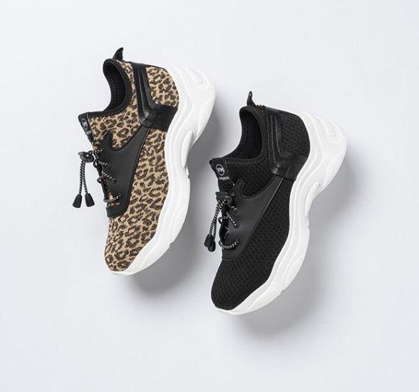 Um casual em duas versões para combinar com todos os estilos e com todos os seus looks. ? #ViaMarte #casual #fashionshoes #trend #NewIn #AnimalPrint Ref. 20-205